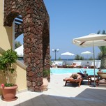 arion bay poolside
