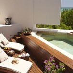 DELUXE OCEANVIEW SUITE PLUNGE POOL