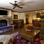 Three Bedroom Condo, Lodge Tower - Vail Village