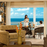 Palm Breeze Oceanview One Bedroom Suite with Balcony3