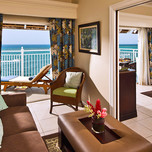 Sunset Oceanfront One Bedroom Suite2
