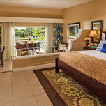 Hibiscus Luxury Mega Family Suite