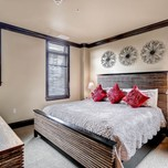 Two Bedroom Mountain View Condo, Lion Square Lodge-Lionshead
