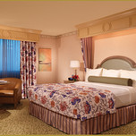 Carson Tower Deluxe  Room, Golden Nugget