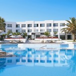 14_Pool_Area_and_Hotel_Facade_high