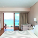 Deluxe_Suite_Sea_View