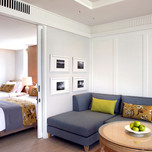 family-suite-room-2