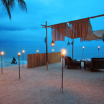 43249269-H1-Dining_by_Design_beach