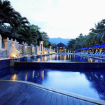 800x600-khao-lak-beachfront-pool