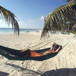 03_Catalonia Royal Tulum_beachhammock