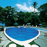 pool-at-Pachira