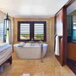 7f-Grand-Astor-Bathroom