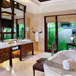 11c-Strand-Villa-bathroom