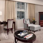 The Peninsula New York, Junior Suite