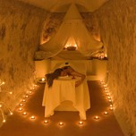 SUITES OF THE GODS Spa Cave_1