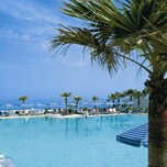 01_El-Greco_Palm-fringed-Pool_high