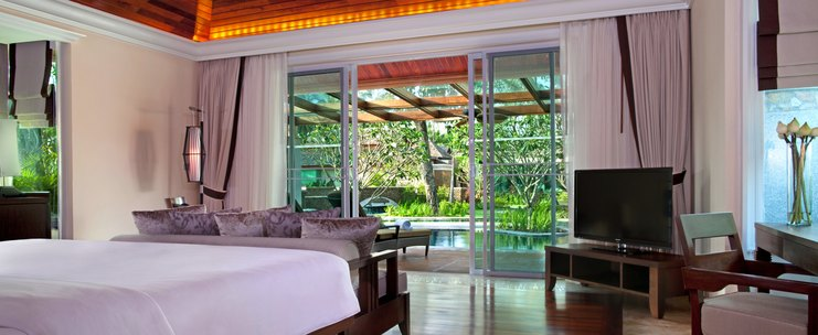 Le Meridien Khao Lak Beach & Spa Resort